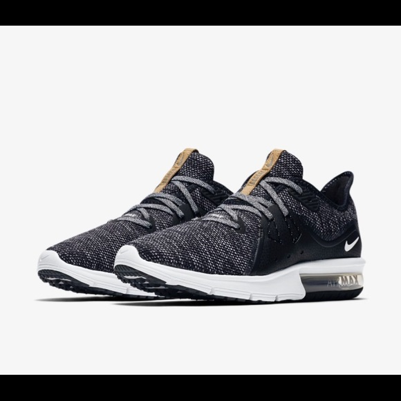 buy online 2f696 bced7 Women's nike air max sequent 3 NWT